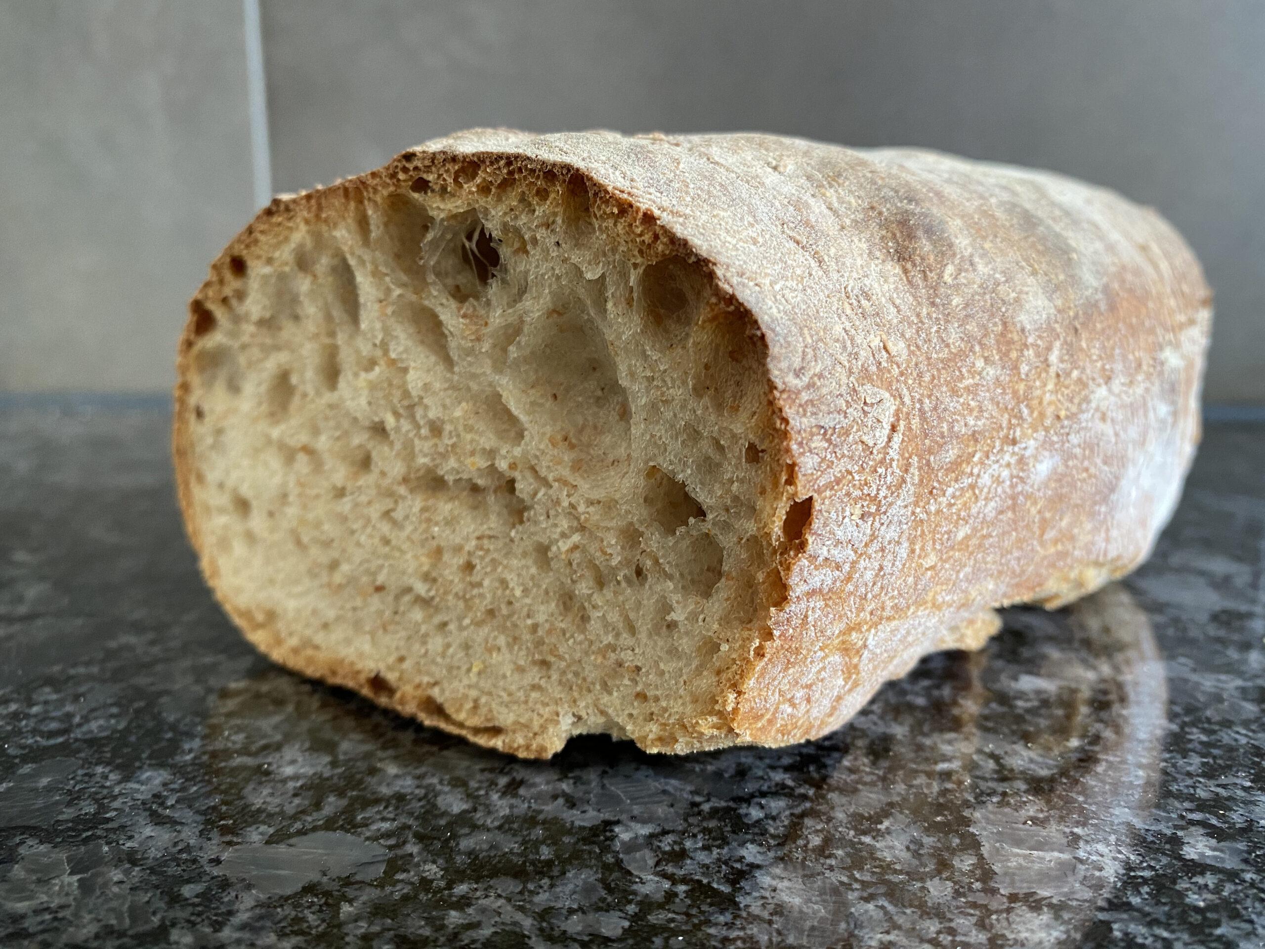 Luftiges knuspriges Brot